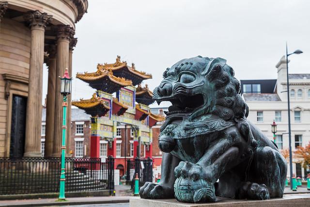 Knigge in der Schweiz und China – was ist anders?